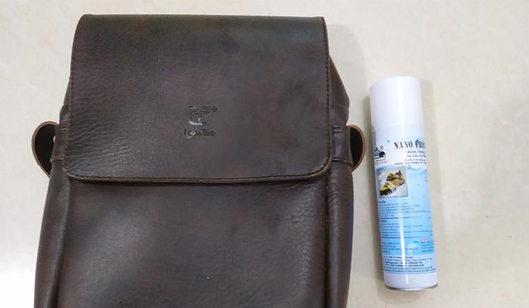 Bảo vệ đồ da không bị thấm nước bằng chai xịt nano