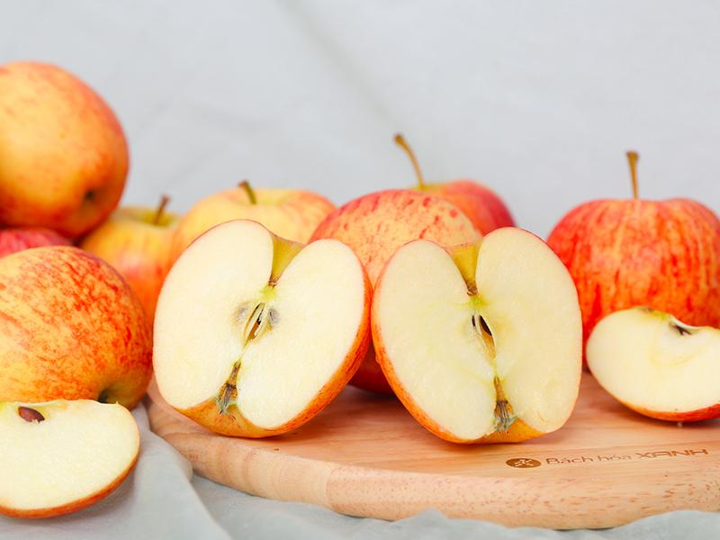 Loại táo nào làm nước ép vừa nhiều nước mà lại ngọt nhất?