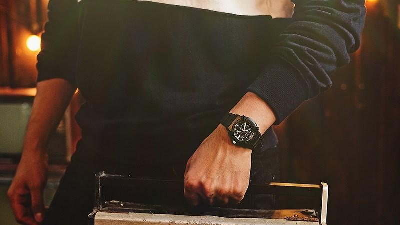Sắm ngay đồng hồ thời trang nam giá dưới 1 triệu, giảm thêm đến 20% - ảnh 1