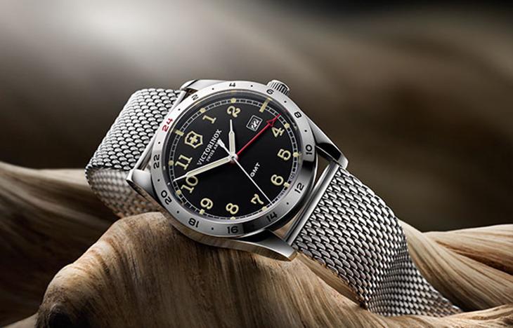 Kiểu đồng hồ GMT hiển thị 24 múi giờ