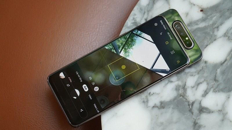 Có gì đặc biệt bên trong camera trượt xoay trên Samsung Galaxy A80