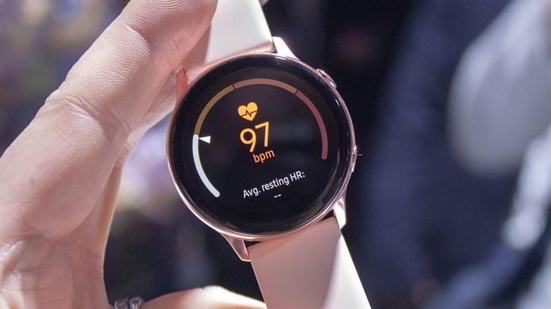 Nhiều phiên bản Samsung Galaxy Watch Active 2 cùng xuất hiện