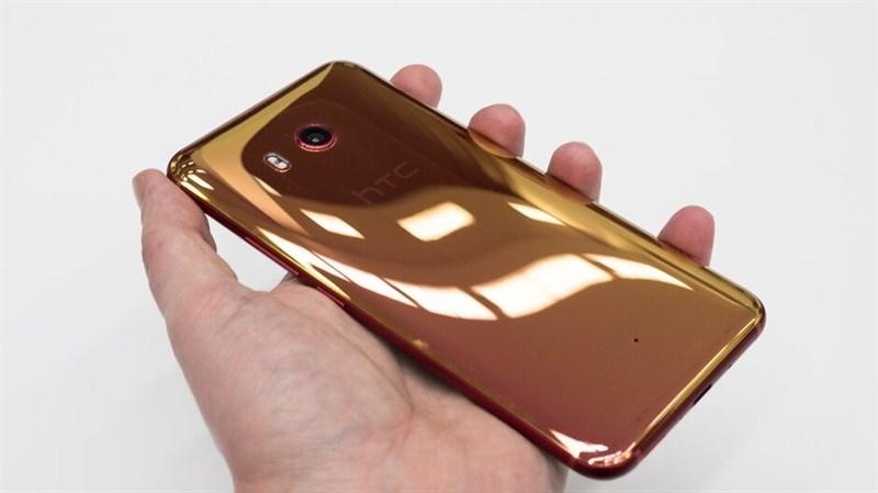 Tranh chấp bằng sáng chế buộc HTC phải ngừng bán smartphone tại Anh