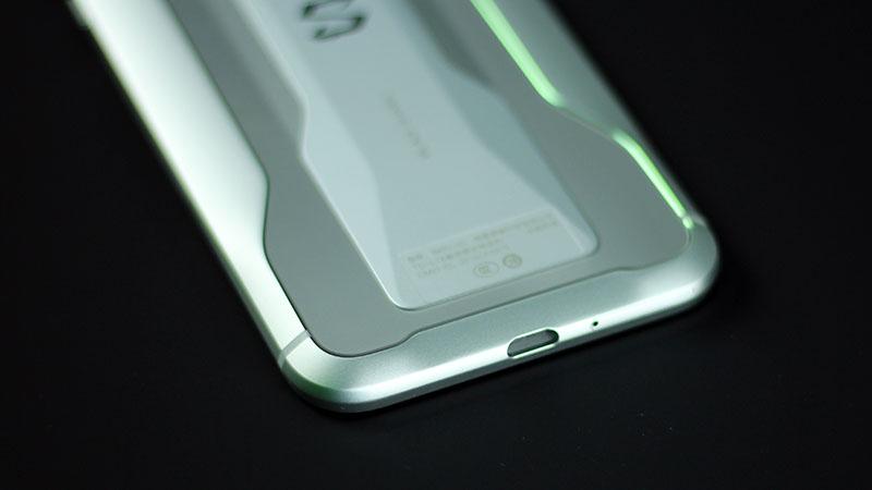 Đập hộp Xiaomi Black Shark 2 phiên bản cao cấp nhất: Vừa đẹp vừa sang - ảnh 14