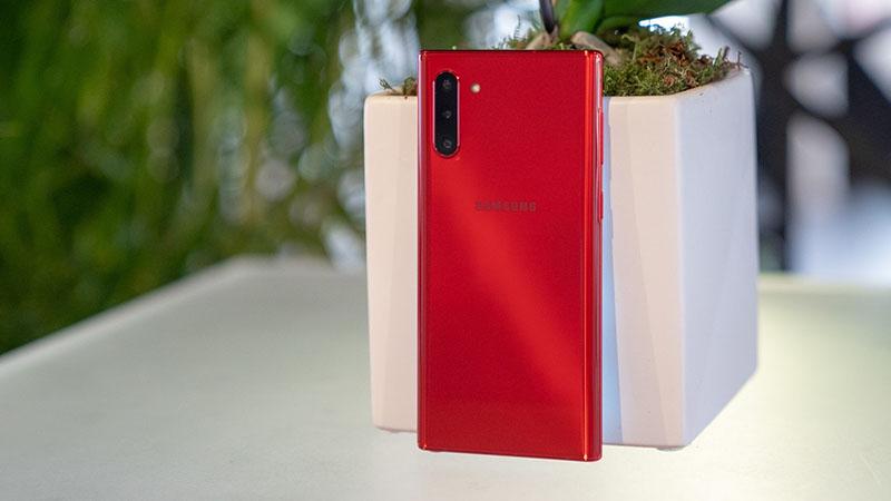 Trên tay 6 phiên bản màu sắc của Galaxy Note 10