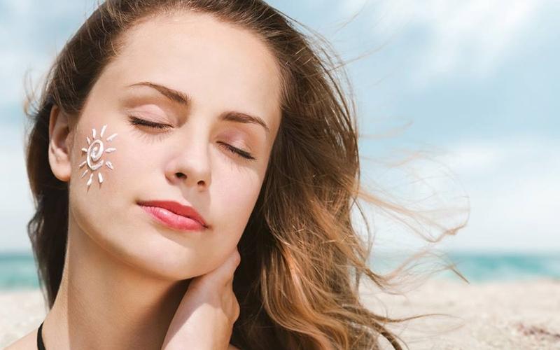 Chống nắng là một cách chắc chắn để bảo vệ cho làn da bạn khỏi tác động của bức xạ mặt trời