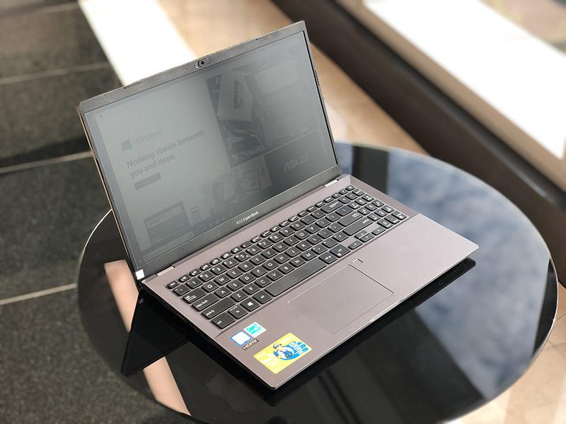 Trên tay laptop ASUS ExpertBook P5 & P3: Thiết kế lịch lãm, thời lượng pin dài 22