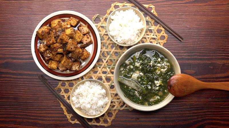 Thanh tịnh mùa Vu Lan với mâm cơm chay cho 4 người ăn chỉ với 40K