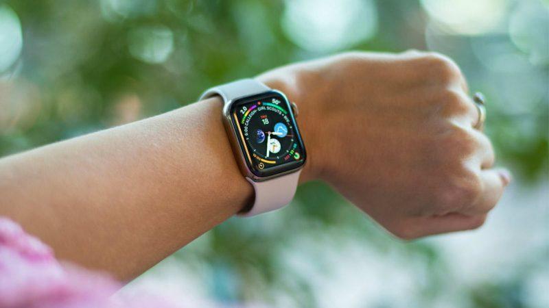 Đồng hồ bán chạy giảm sốc
