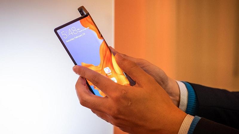 Huawei Mate X sẽ dùng chip Kirin 990 và có camera ba sau như trên P30