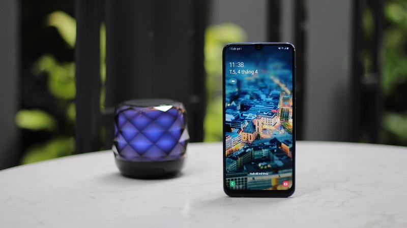Samsung giảm giá cuối tuần