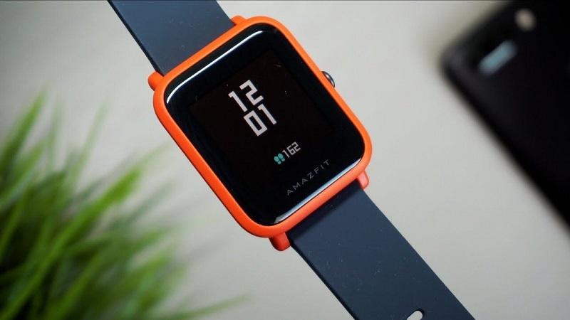 Smartwatch điều chỉnh giá