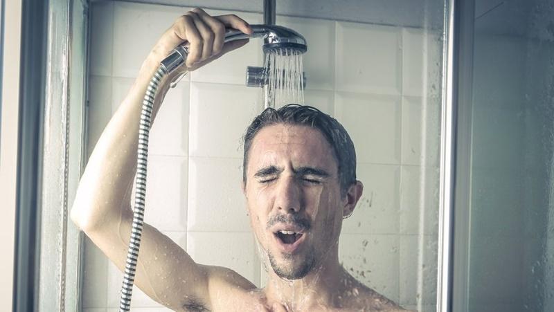 Không tắm nước nóng