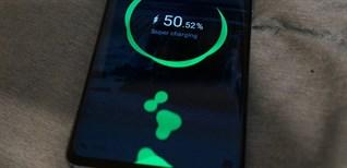 Có nên sạc pin đầy 100%? 5 lỗi sạc pin khiến điện thoại nhanh hỏng