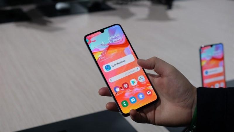 Xuất hiện hình ảnh hộp đựng Samsung Galaxy A90 5G, tiết lộ nhiều thông số kỹ thuật