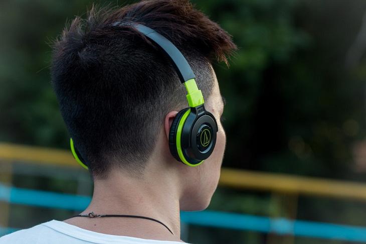 Tai nghe on-ear