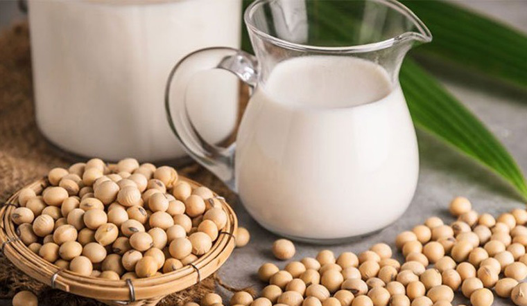 Sữa đậu nành uống tốt không, có bị vô sinh không, lưu ý khi uống sữa đậu nành
