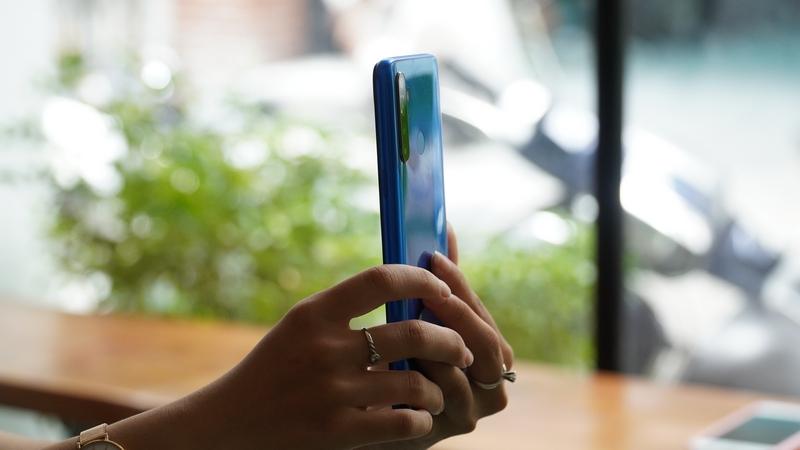 Trên tay & đánh giá nhanh Realme 5: Giá dưới 5 triệu nhưng quá nhiều ưu điểm! - ảnh 9
