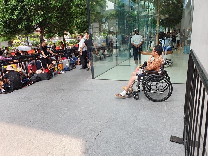 Người Việt đua nhau mang iPhone 11 về Việt Nam - ảnh 6