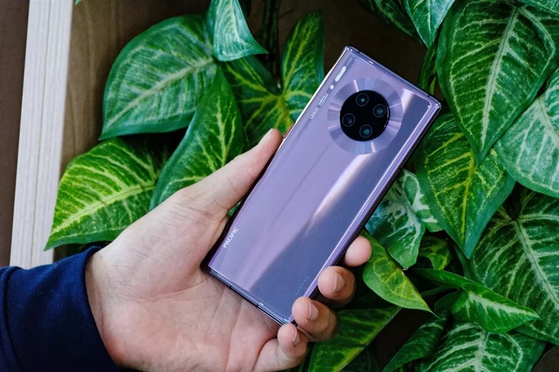Huawei Mate 30 Pro có bốn camera sau