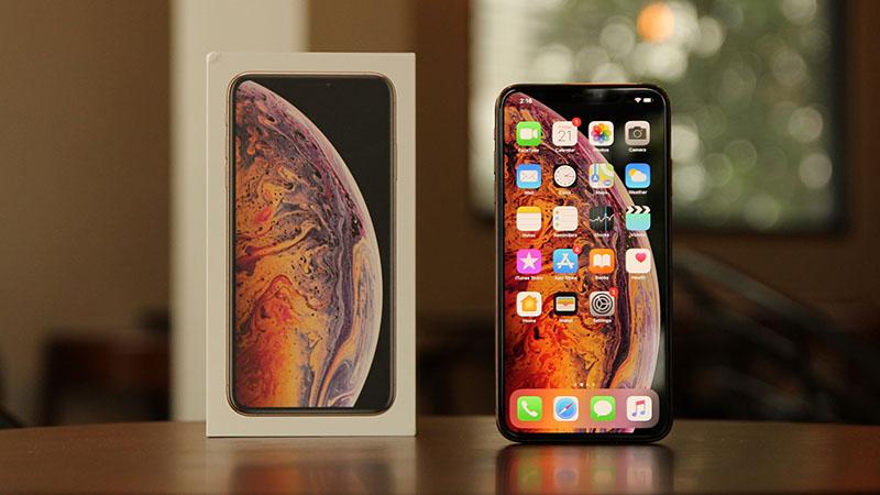iPhone giảm giá cuối tháng 9