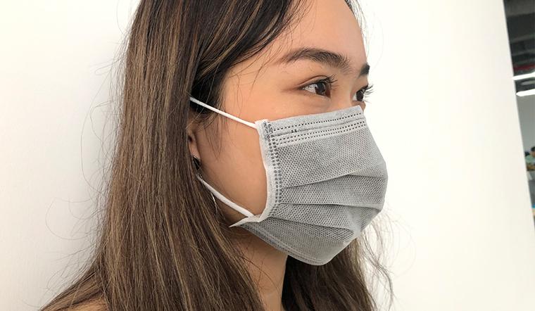 Không khí ô nhiễm đến báo động, tiến sĩ chỉ cách đeo khẩu trang phòng bệnh hiệu quả