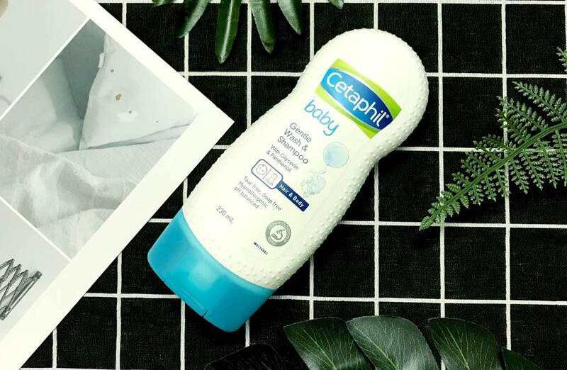 Các loại sữa tắm trị rôm sảy tốt nhất cho trẻ sơ sinh