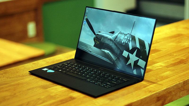 Acer Swift 7 giảm giá