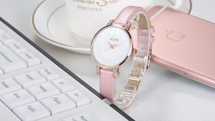 Julius là thương hiệu đồng hồ thời trang xuất xứ từ Seoul, Hàn Quốc