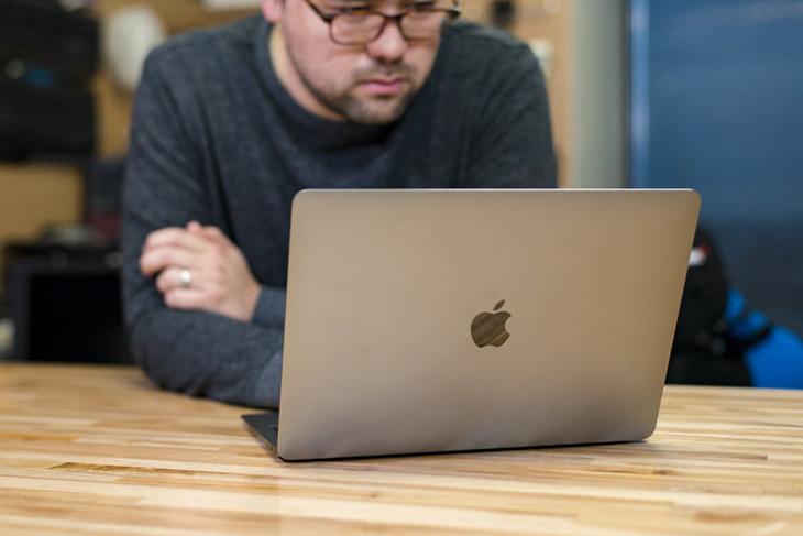 MacBook Air có thể thay pin