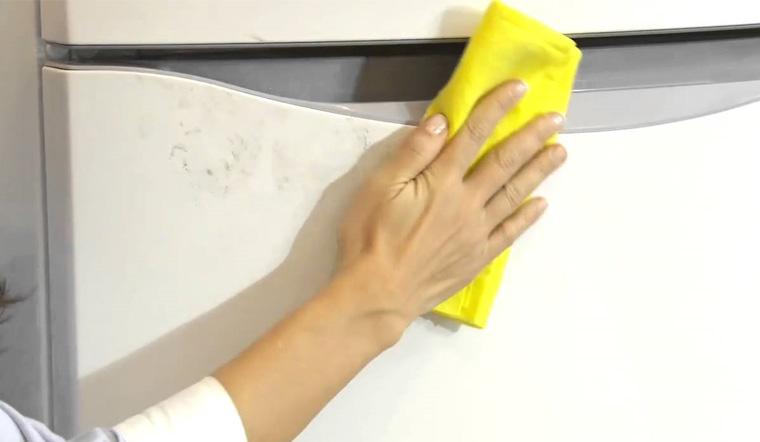 Hướng dẫn cách tẩy bắng dính trên đồ nhựa dễ dàng, nhanh chóng