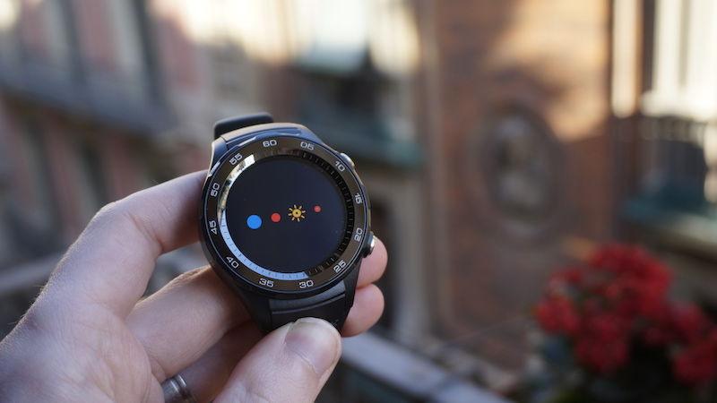 Huawei Watch giảm giá