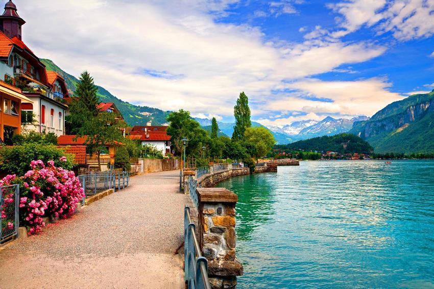 Thụy Sĩ được biết đến với rừng rậm, động vật đa dạng, nước sạch và an toàn