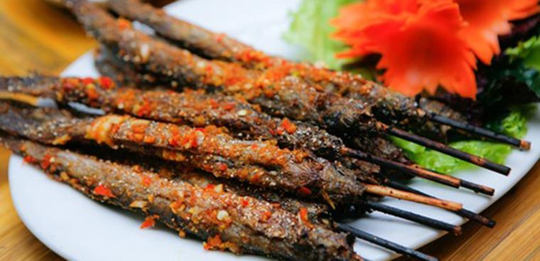 Cách làm cá kèo nướng muối ớt, nướng sa tế thơm lừng hấp dẫn tại nhà