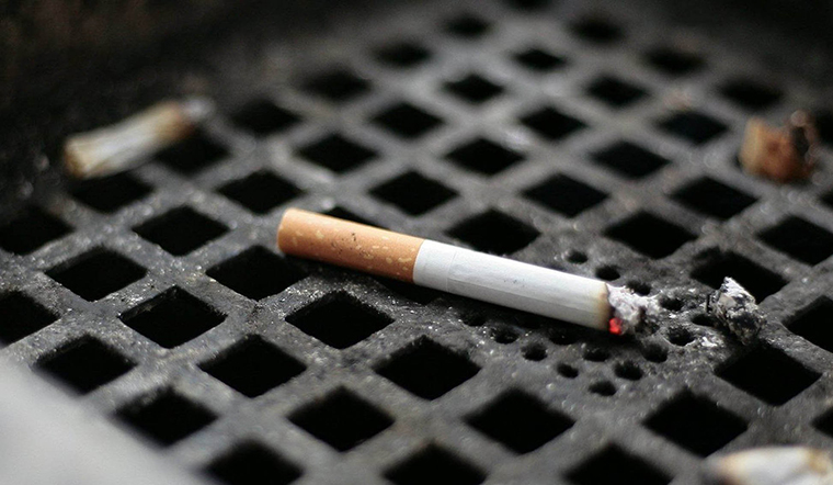 Một ngày hút vài điếu thuốc có hại không kém gì hút cả gói