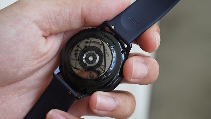 Đánh giá chi tiết đồng hồ Galaxy Active 2: Đáng để mua hay chỉ nên ngắm? - ảnh 5