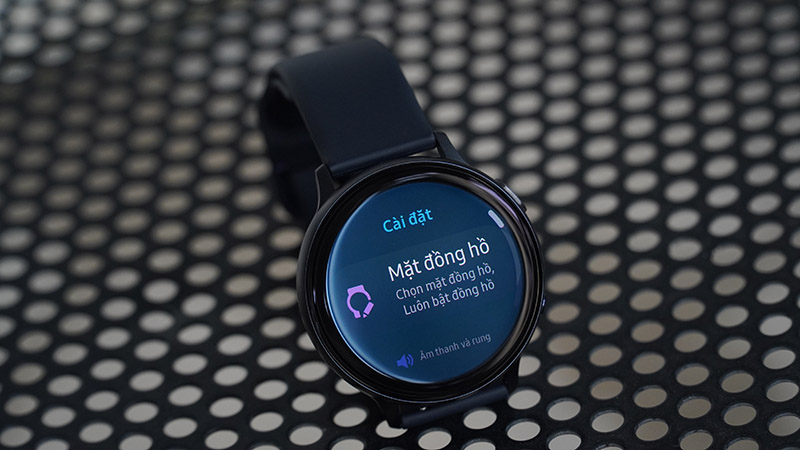 Đánh giá chi tiết đồng hồ Galaxy Active 2: Đáng để mua hay chỉ nên ngắm? - ảnh 12