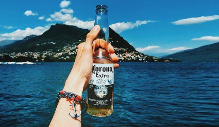 Tìm hiểu về bia Corona, giá bán và nồng độ cồn của bia