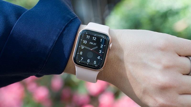 Đặt trước Apple Watch S5