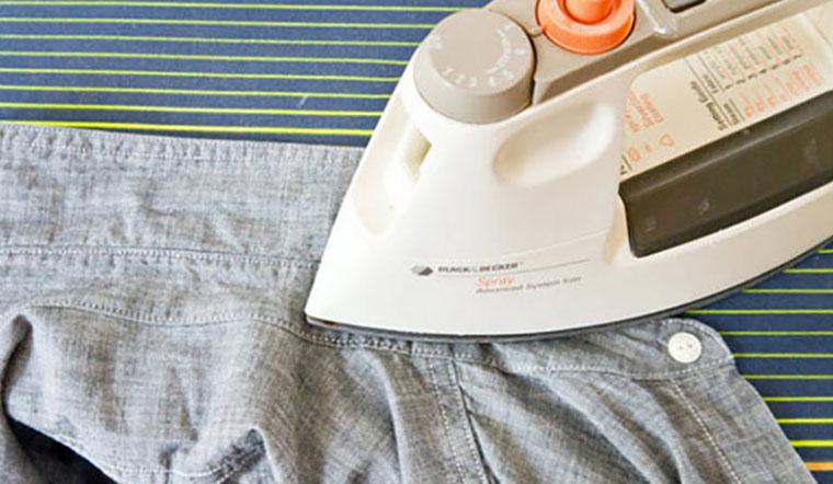 Cách ủi áo sơ mi phẳng đẹp và nhanh