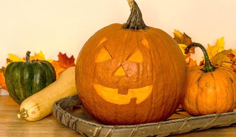 Cách làm lồng đèn bí đỏ trang trí ngôi nhà ngày Halloween