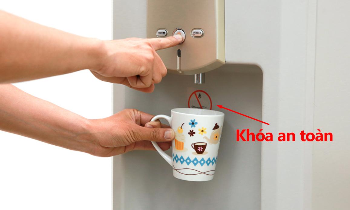 Máy lọc nước thông minh có khóa an toàn vòi nước nóng