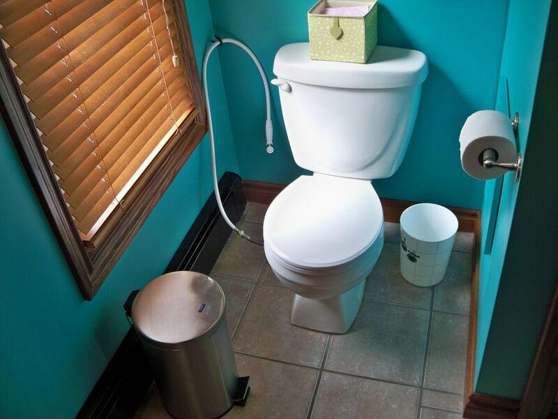 Thói quen gây mùi nhà vệ sinh