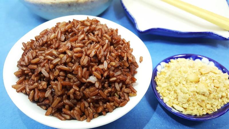 Chia sẻ kinh nghiệm ăn gạo lứt muối mè không ngây mà còn tốt cho sức khỏe