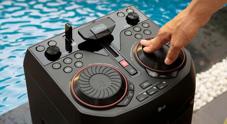 DJ Scratcher