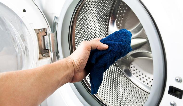 Cách vệ sinh lồng giặt sạch tận ron cao su mà không phải ai cũng biết