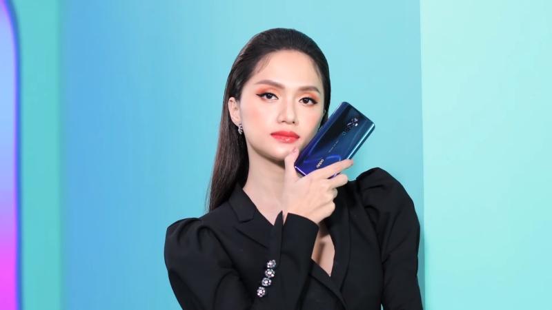 Hương Giang Idol trên tay OPPO Reno2 F trong video quảng cáo mới