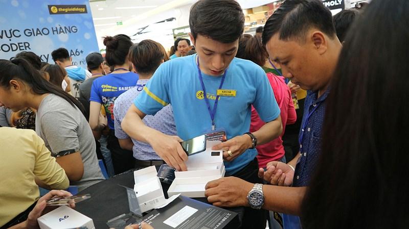 IDC: Thị trường smartphone tăng trưởng nhẹ trong quý 3