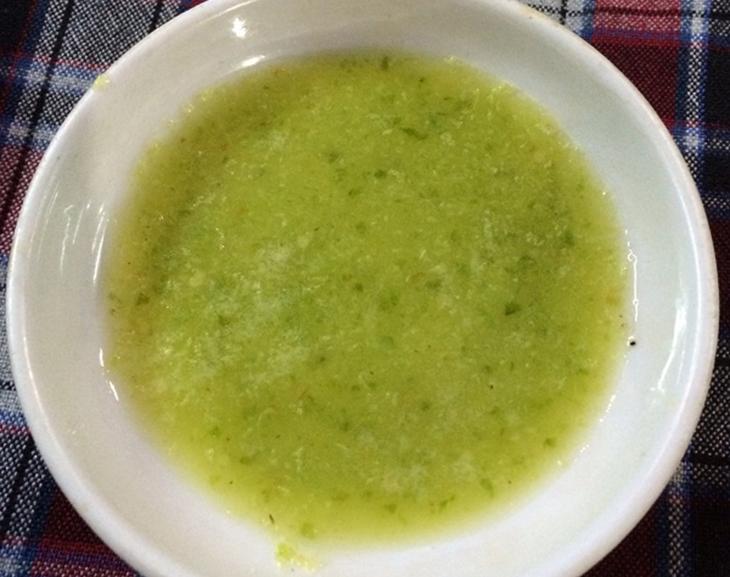 Bước 2 Pha nước ướp Vịt nướng muối ớt
