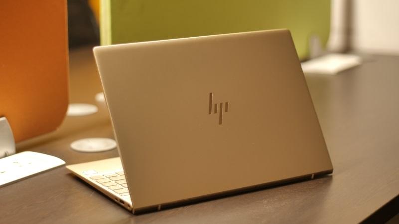 HP Envy 13 giảm giá